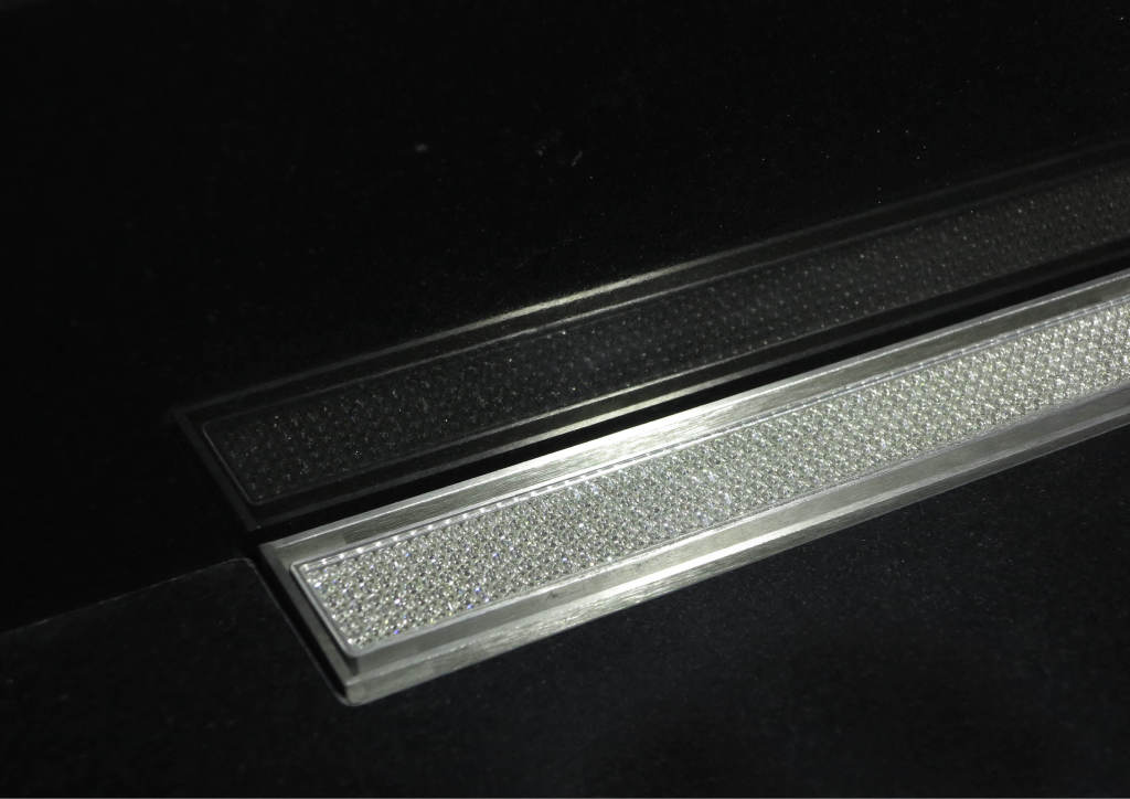 I-Drain Nerezový rošt pro sprchový žlab, s krystaly Swarovski, délka 1200 mm IDRO1200SWA